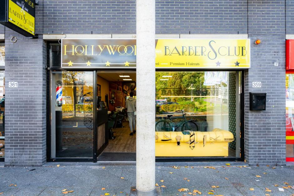 Hollywood BarberSclub - Boven 't Y